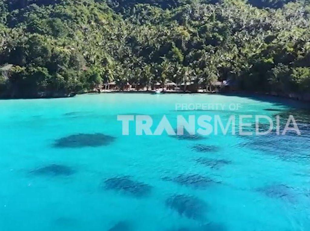 My Trip My Adventure: Terlena Jernihnya Pantai Sera di Sulawesi Tengah