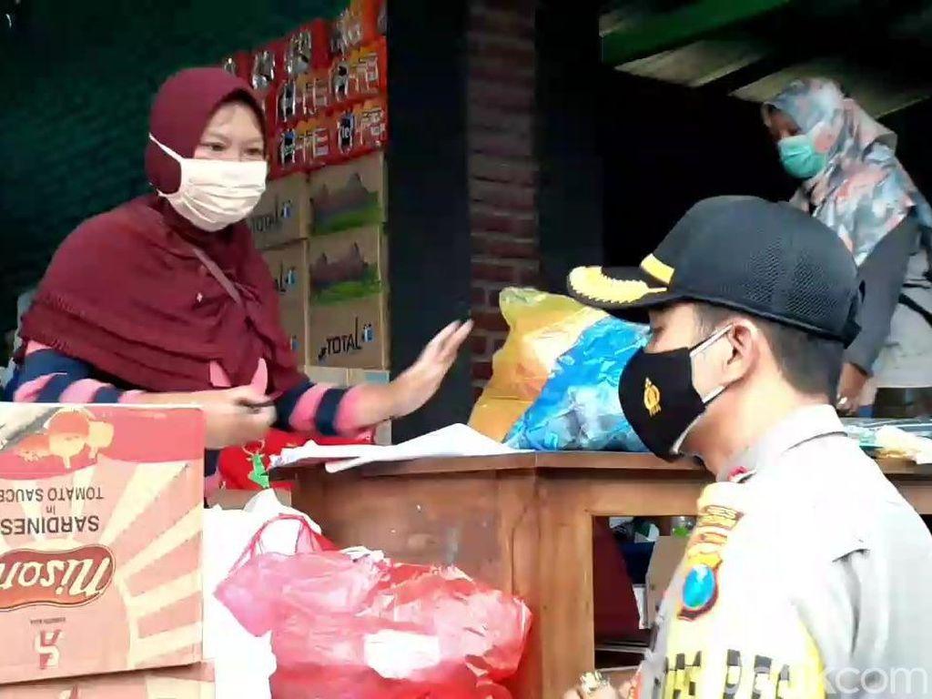 Bantuan Mengalir untuk Pengungsi Banjir Kepulungan Pasuruan