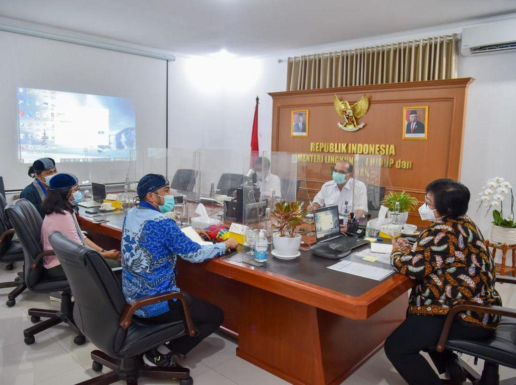 Bertemu Menteri LHK, GMKI Bicara Penurunan Luas Hutan di Indonesia