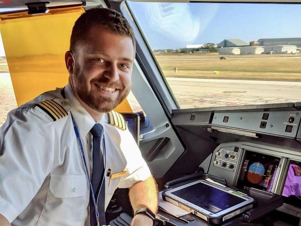 Kisah Pilot-pilot Kena PHK: Jadi Pengantar Barang dan Jualan Furnitur