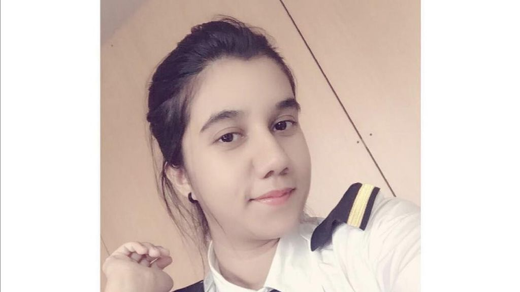 Rupa Cantik Ayesha Aziz, Pilot Muslimah Termuda India