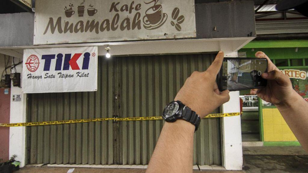 Potret Pasar Muamalah di Depok Digaris Polisi