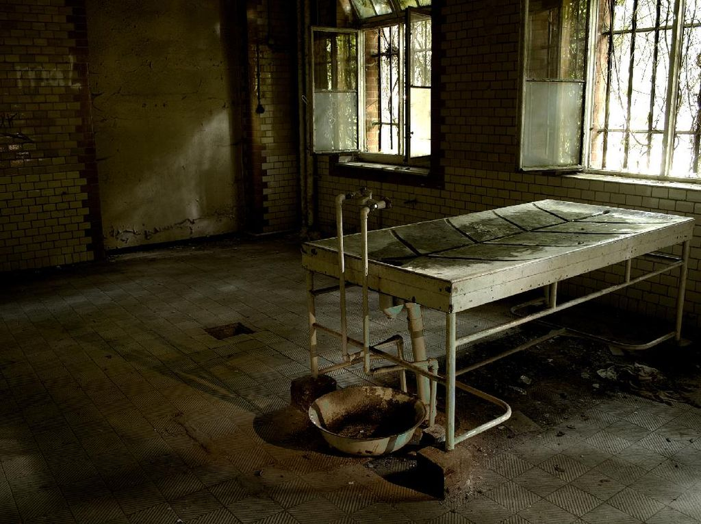 Rumah Sakit Tempat Hitler Dirawat yang Kini Jadi Horor