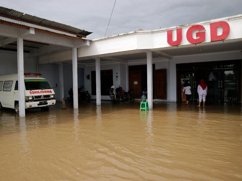 Sungai Avur Brawijaya Meluap, Klinik di Jombang Kebanjiran