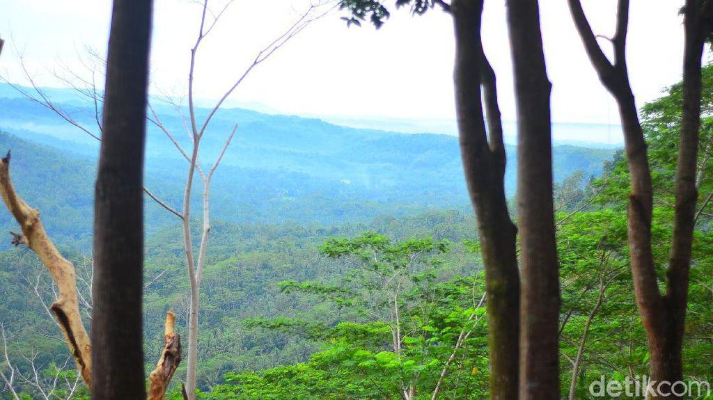 Bukit Panenjoan yang Hits di Pangandaran