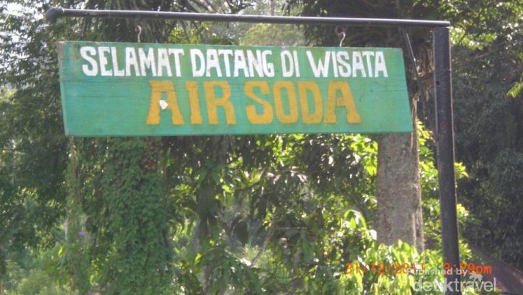 Cuma di Sumut, Berendam di Air Soda Taruntung