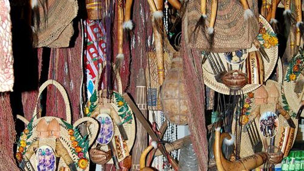 Kerajinan dan Souvenir Khas Papua