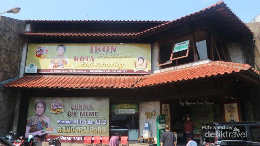 Rekomendasi Oleh-oleh Semarang: Lunpia Cik Meme
