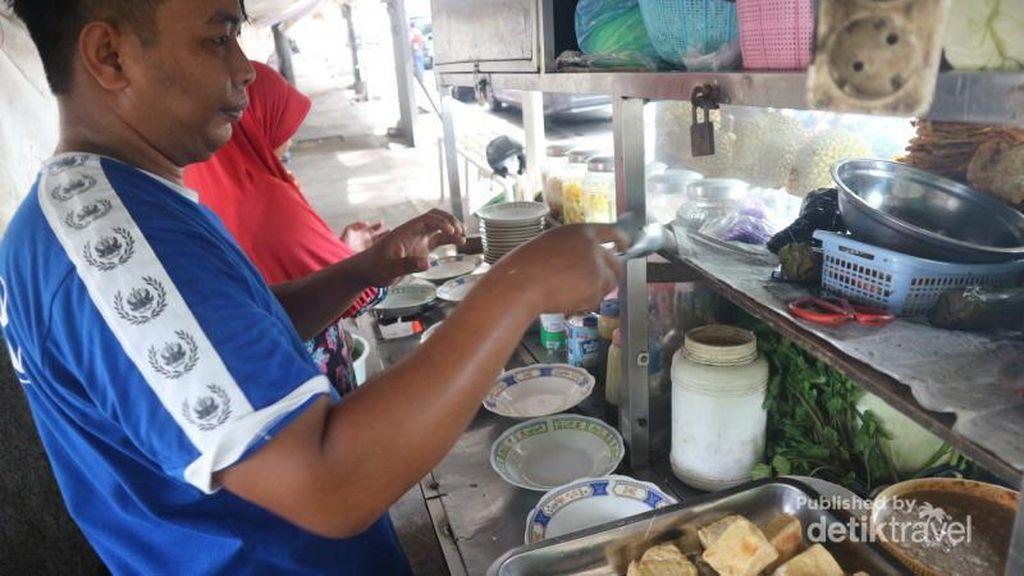 Rekomendasi Wisata Kuliner Tahu Gimbal di Semarang
