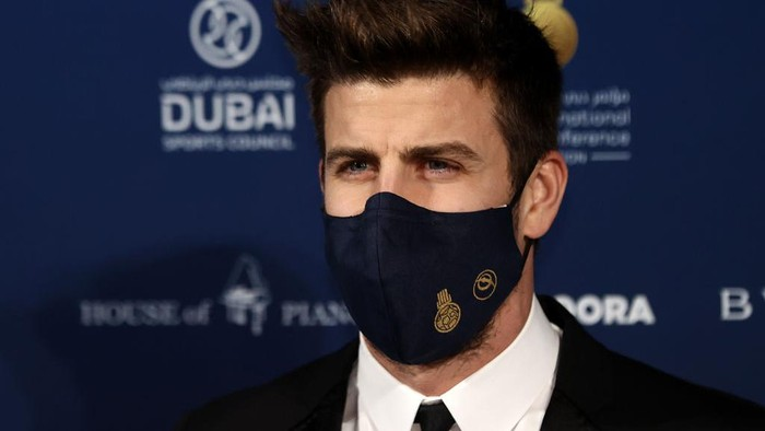 DUBAI, UNITED ARAB EMIRATES - DECEMBER 27: Gerard Pique attends the Dubai Globe Soccer Awards at Armani Hotel Dubai on December 27, 2020 in Dubai, United Arab Emirates. (Photo by Francois Nel/Getty Images)