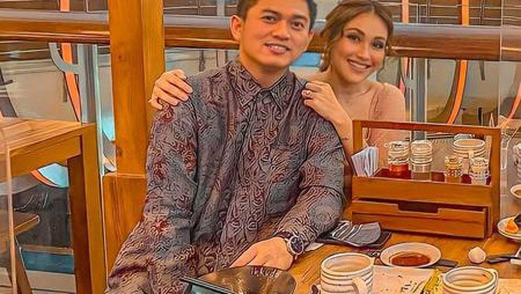 Hobi Kulineran, Ayu Tingting dan Adit Jayusman Ternyata Penggemar Ramen
