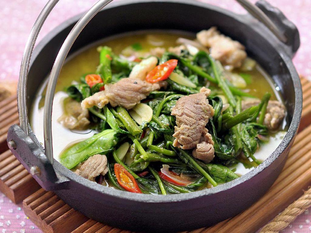 3 Resep Kangkung ala Restoran yang Paling Populer
