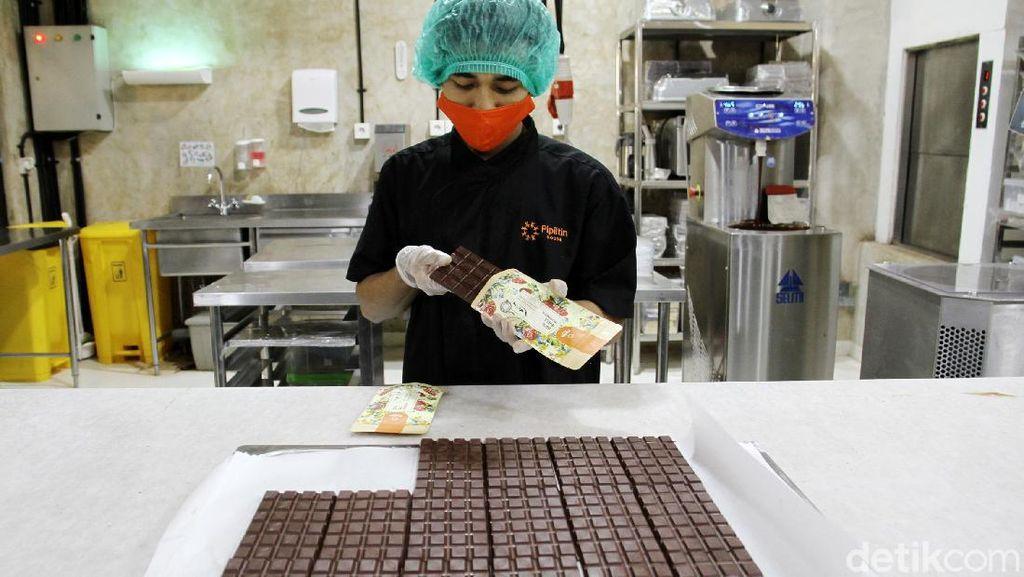 Mengintip Pabrik Pembuatan Cokelat di Jakarta