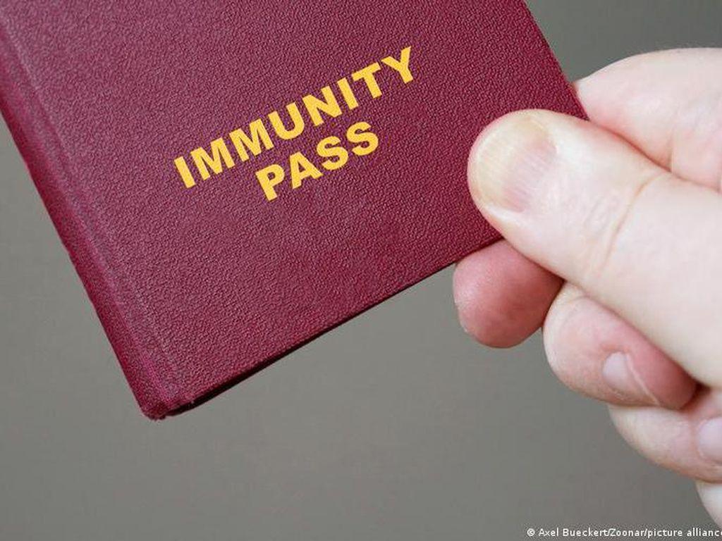 Swedia dan Denmark Siapkan Paspor Digital Vaksinasi COVID-19