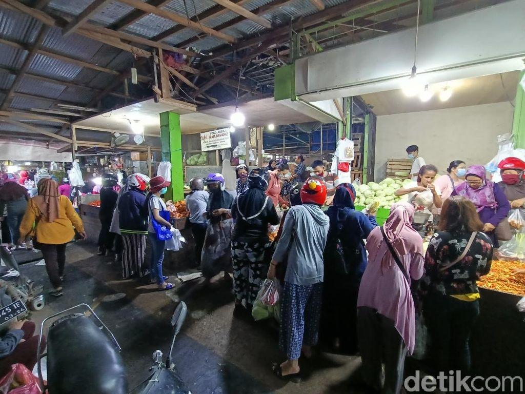 Kaltim Steril 2 Hari, Ada Suasana Panic Buying di Pasar Segiri Samarinda
