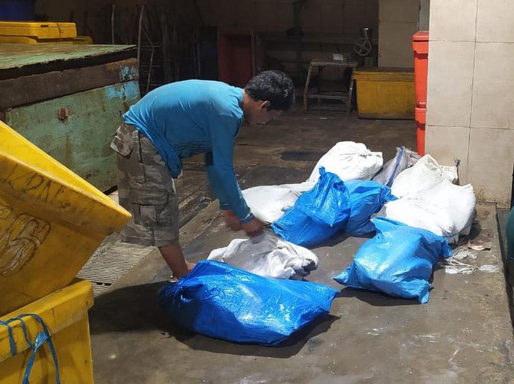 Polisi Tangkap Pencuri 297 Kg Ikan Cakalang di Muara Baru Jakut