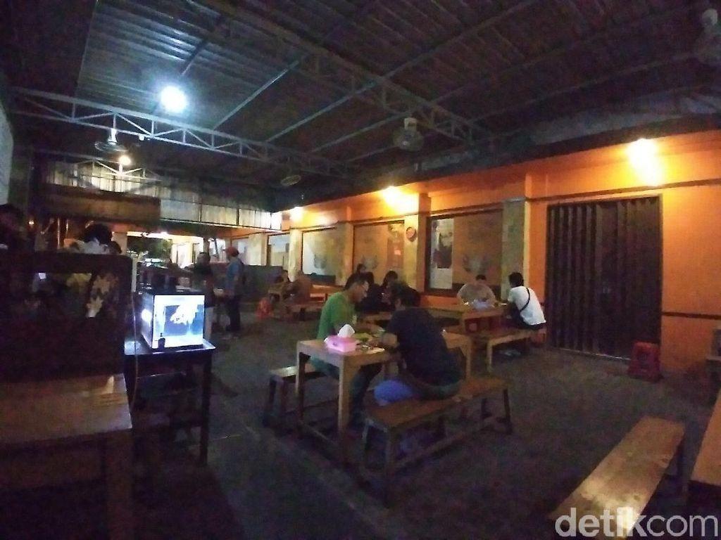 Malam Minggu Saat Jateng di Rumah Saja, Kota Solo Masih Ramai