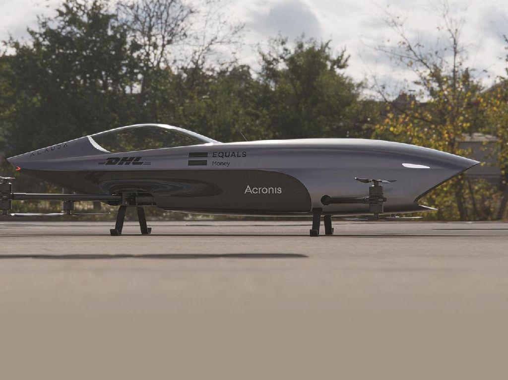 Mobil Balap Terbang Pertama di Dunia