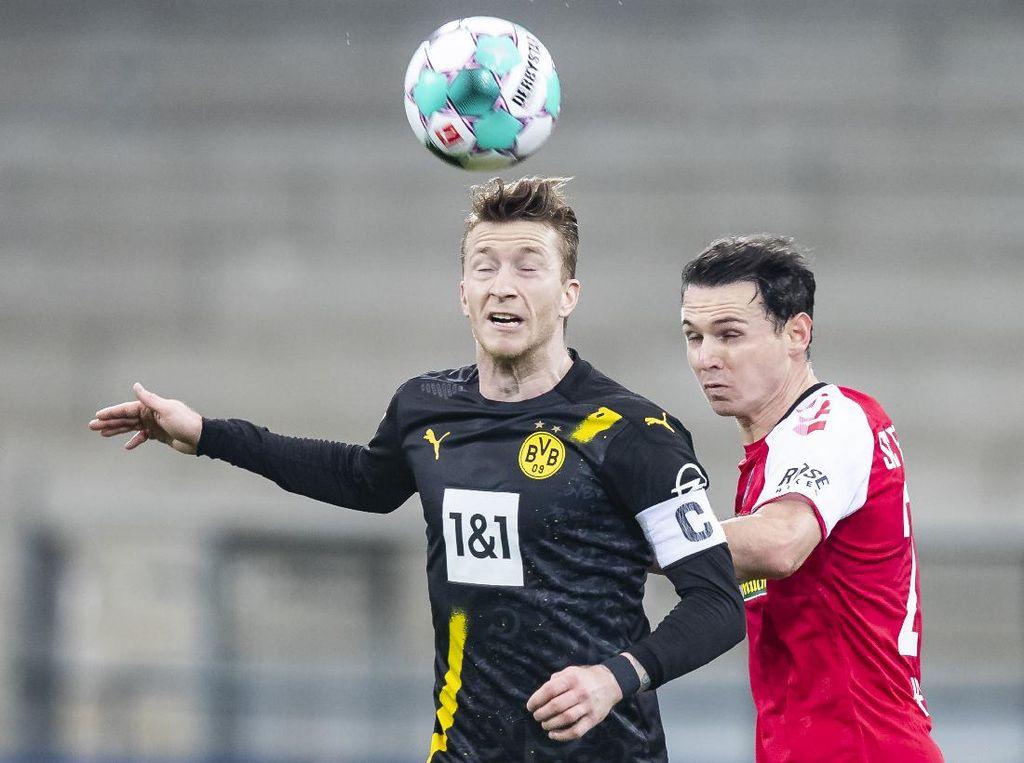 SC Freiburg Vs Borussia Dortmund: Die Borussen Tumbang 1-2