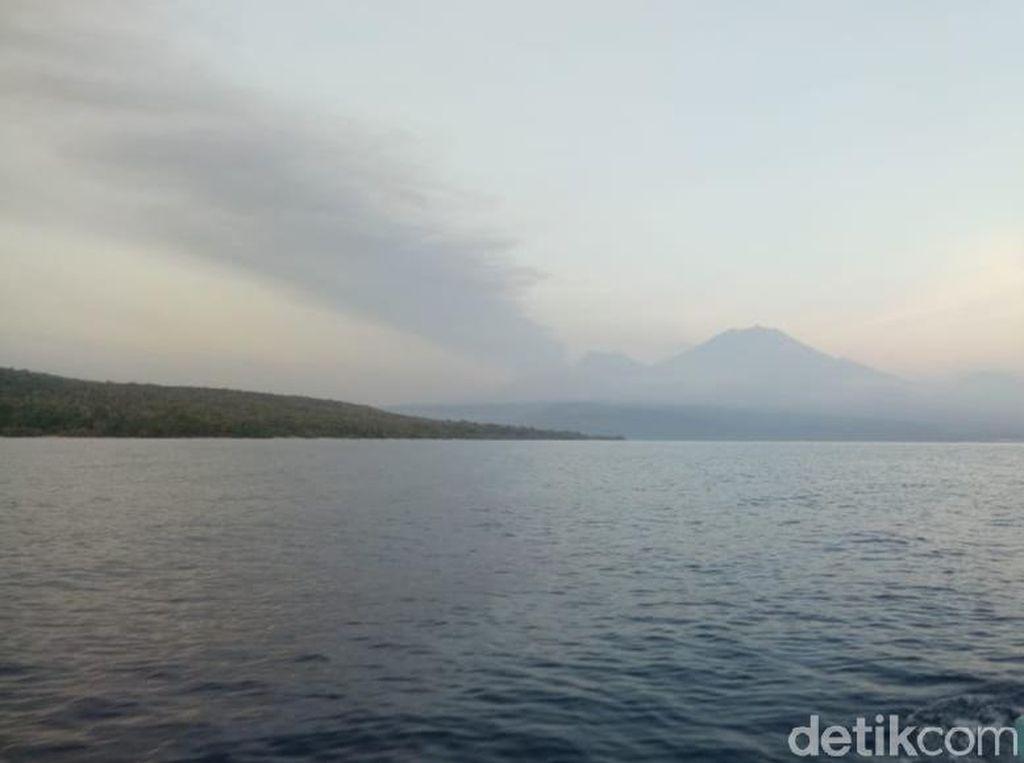 BMKG Banyuwangi: Abu Vulkanik Gunung Raung Capai Bali