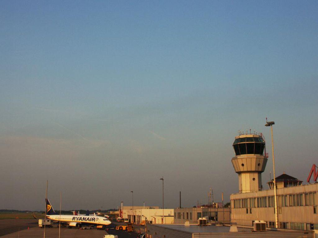 Nebeng di Roda Pesawat dari Kenya ke Belanda, ABG Ini Selamat