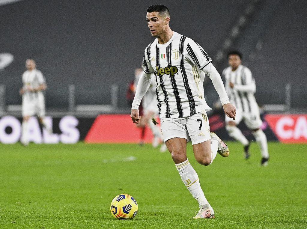 Juventus Vs AS Roma: Ketika Ronaldo Kepo Sama Jam Tangan Wasit