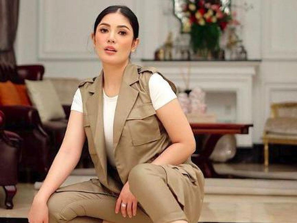 Drama Rumah Tangga Nindy Ayunda: Dulu Romantis Banget Kini Saling Tuding