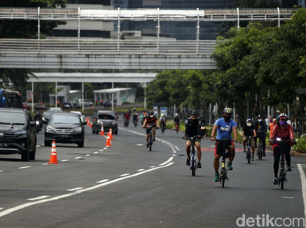 Suara Warga Ibu Kota soal Jalur Sepeda Permanen di Jakarta