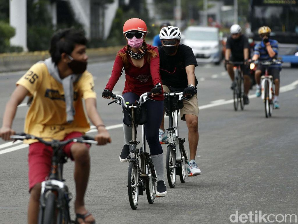 Pemprov DKI Akan Permanenkan Jalur Sepeda di Sudirman-Thamrin