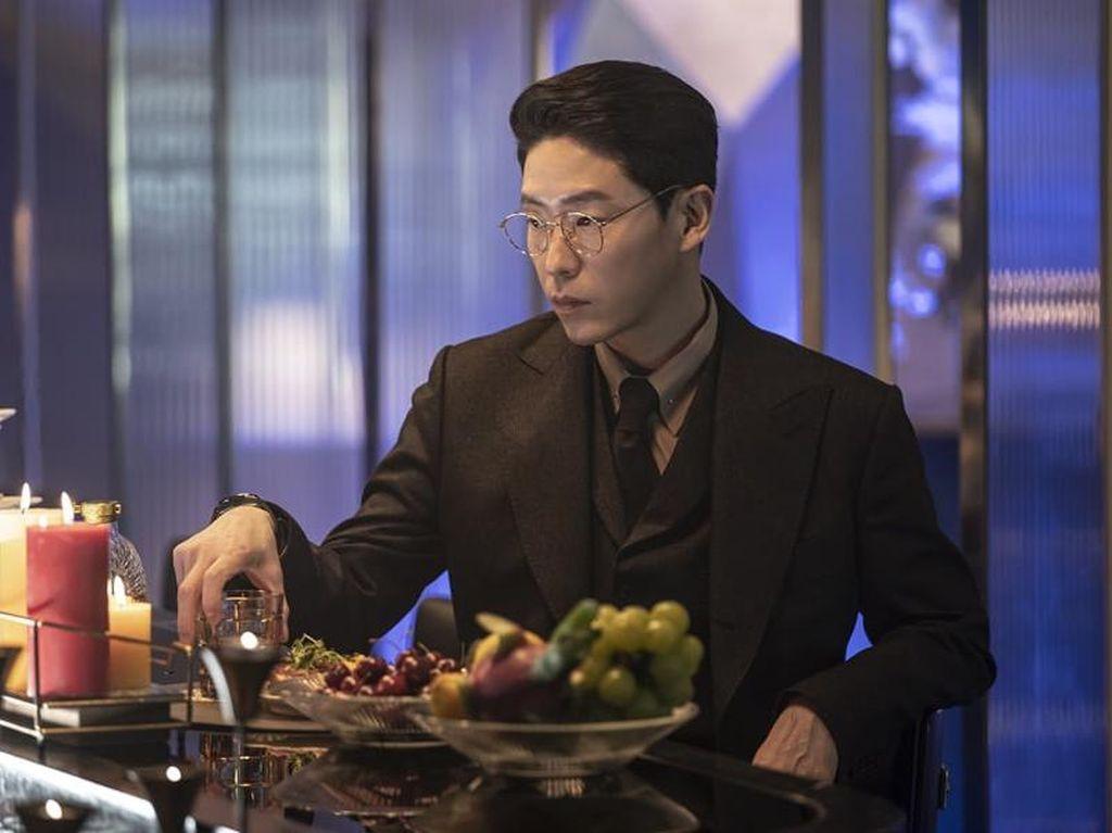 Sinopsis The Penthouse Episode 14: Pengakuan Mengejutkan Shim Su Ryeon