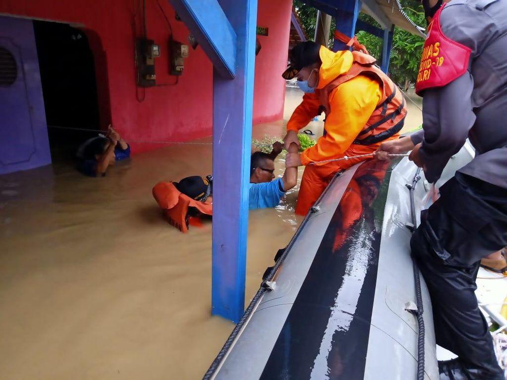 Banjir Indramayu, 21 Kecamatan Terendam-Ribuan Warga Terdampak