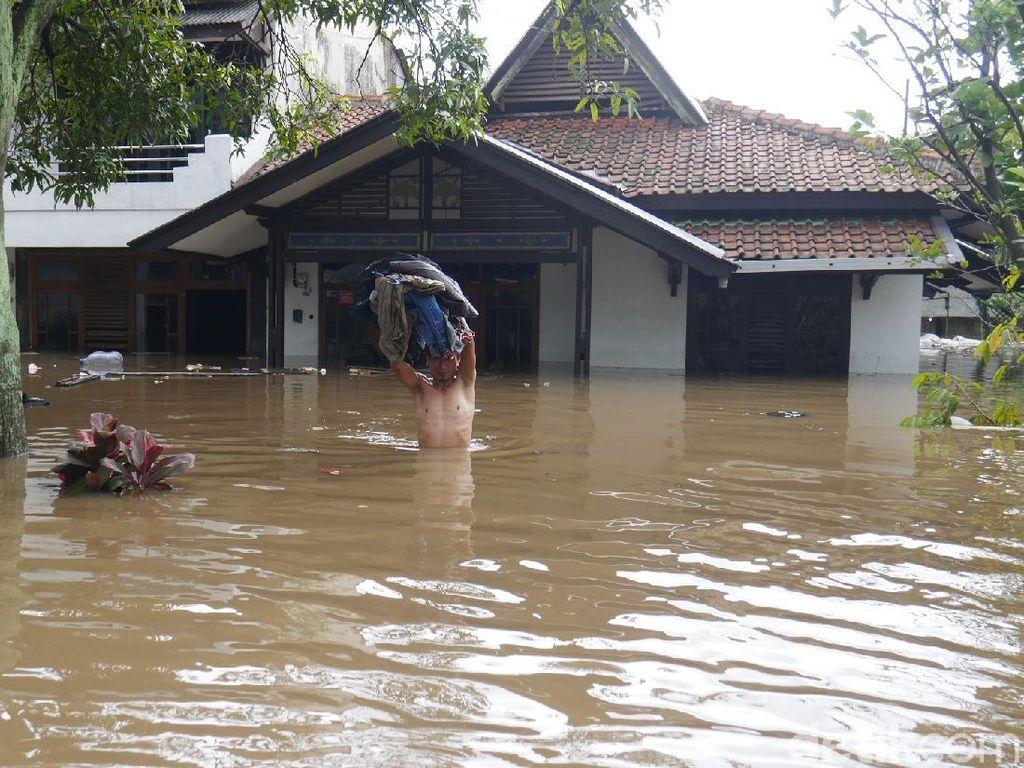 Banjir Rendam Belasan Rumah di Kota Cimahi