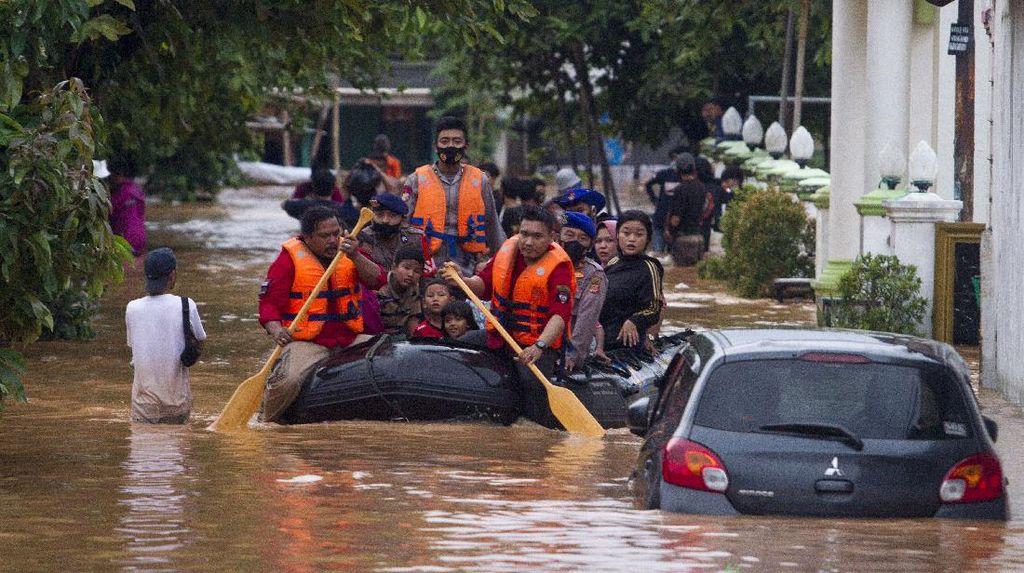 Potret Cikampek-Karawang yang juga Terendam Banjir Parah