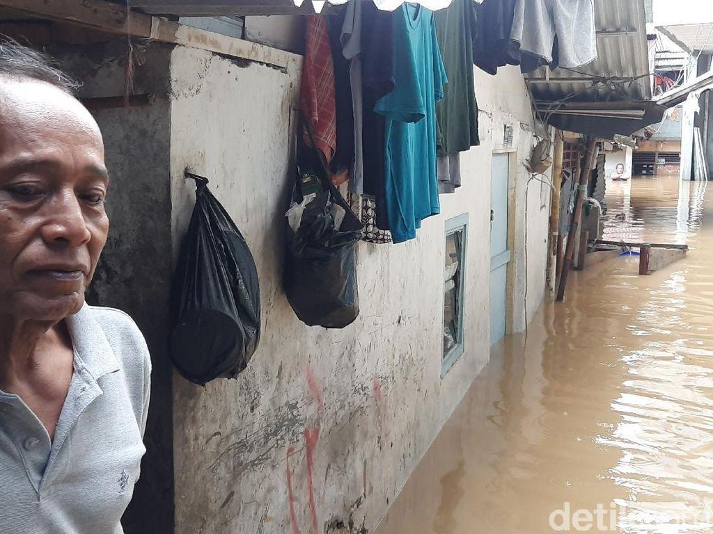 Terdampak Banjir, Warga Kebon Pala Jaktim Harapkan Bantuan Makanan