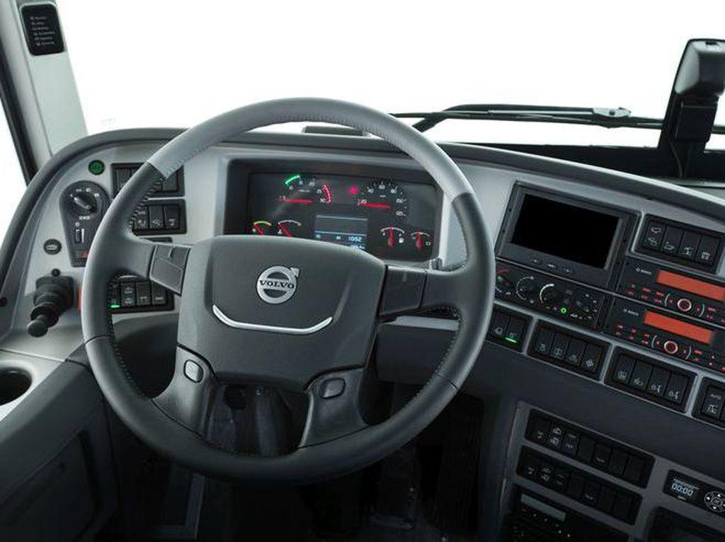 Semua Mobil Volvo Bertenaga Listrik Mulai 2030