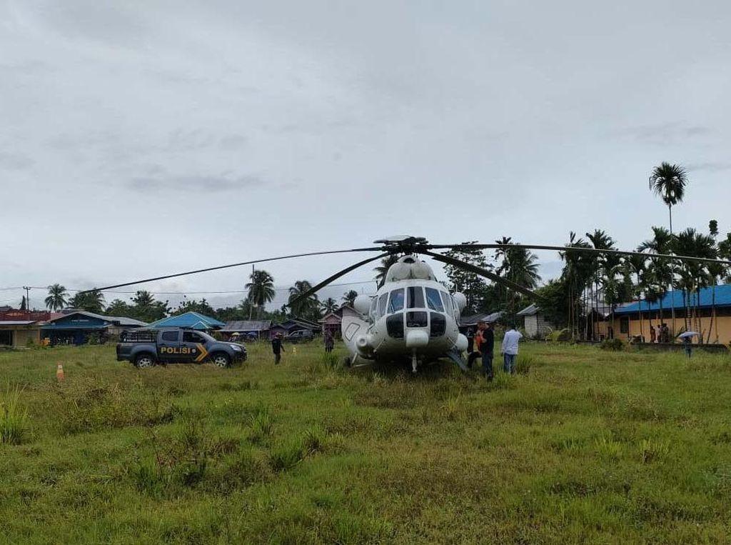 Cuaca Buruk, Helikopter Tujuan Timika Mendarat Darurat di Jayapura