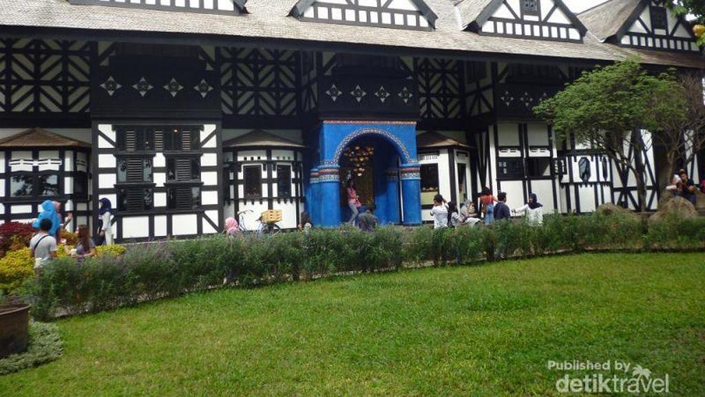 Wisata Foto Ala Eropa di Lembang