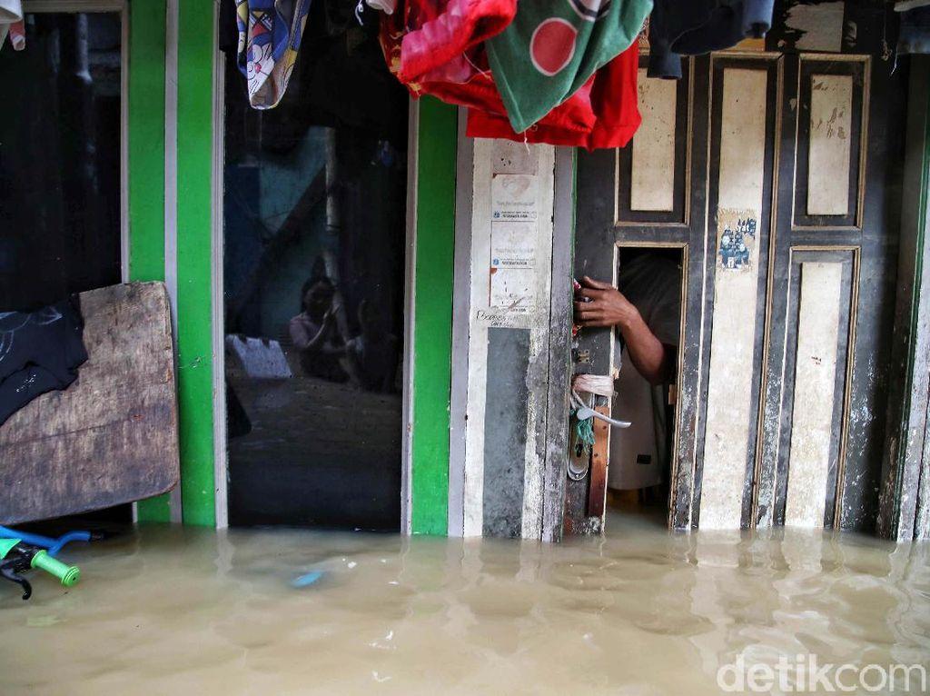 Lurah: 5 RW Terdampak Banjir Kampung Melayu, 506 Warga Mengungsi