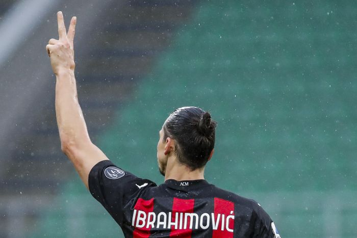 Ac Milan Vs Crotone Isyarat Ibrahimovic Minta Kontrak Baru