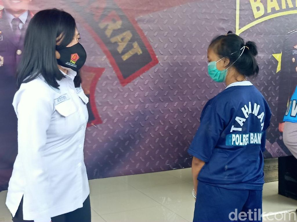 Nyolong Motor di Warnet, Janda Muda Bandung Ditangkap Polisi
