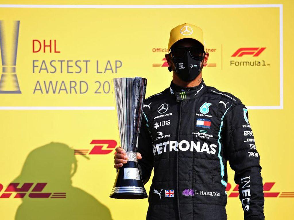 Akhirnya! Lewis Hamilton Teken Kontrak Baru di Mercedes