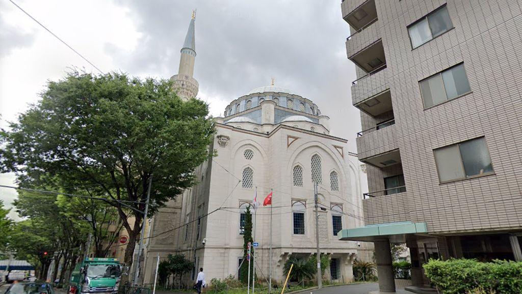 Masjid Terbesar di Jepang, Tempat Syahrini Menikah