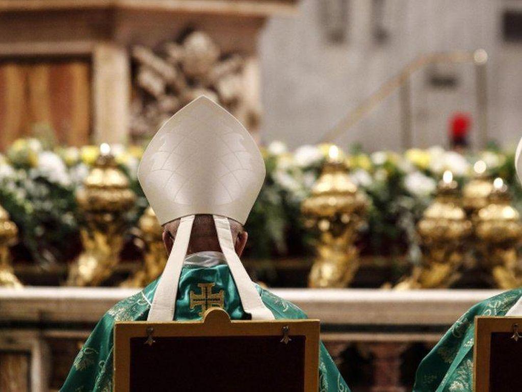 Pertama Kali, Paus Tunjuk Perempuan Jadi Anggota Sinode Para Uskup