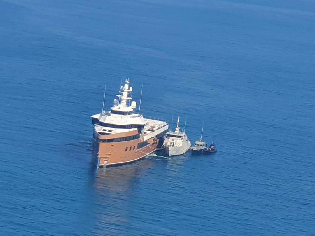 Kapal Pesiar Rusia yang Masuk Perairan RI Tanpa Izin Alami Kerusakan Mesin