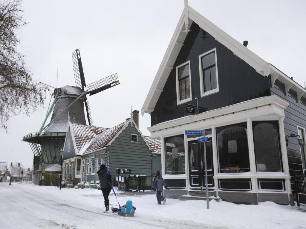 Minat Kuliah di Belanda? Segera Daftar Beasiswa Holland Scholarship Ini