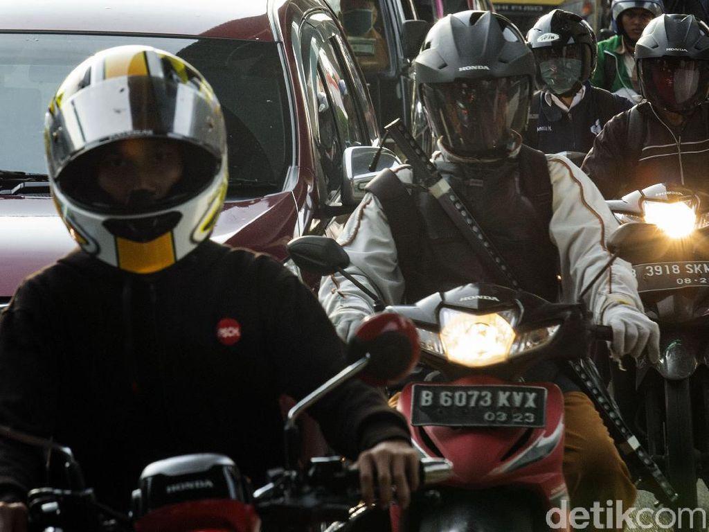 Cara Memilih Helm yang Tepat, Cek di Sini Biar Gak Tersesat