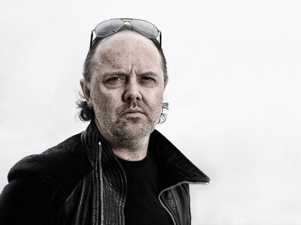Ayah Drummer Metallica Rilis Album di Usia 92 Tahun