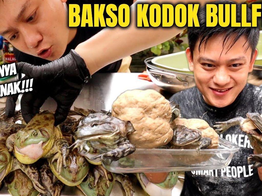 Bobon Santoso Bikin Bakso Kodok Banteng, Netizen: Ampun Bang Jago!