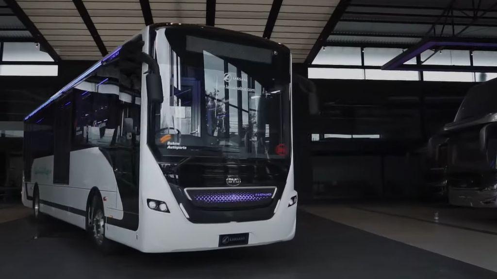 Penampakan Bus Listrik Karoseri Laksana, Calon Armada Transjakarta