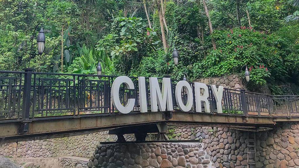 Foto: Liburan Seru di Cimory Riverside Puncak